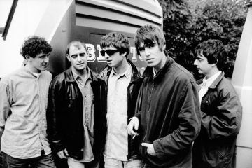 Oasis. Stand By Me. Mustique Demo. Demo. Be Here Now. Reedición. Cúsica Plus