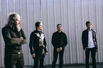 La agrupación formada por miembros de QoTSA, At The Drive-In y Mastodon, Gone Is Gone publica nuevo video. Cusica Plus
