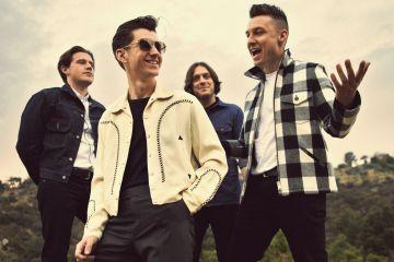 Una reunión social de los Arctic Monkeys hacen sospechar sobre un nuevo disco. Cusica Plus