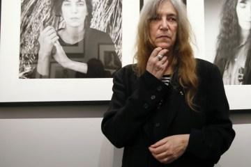 Patti Smith se presentó en honor a Bob Dylan en la entrega del Premio Nobel. Cusica Plus