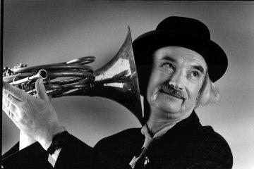 Muere el músico y compositor Holger Czukay. Cusica plus.