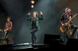 """Los Rolling Stones desempolvan """"Dancing With Mr D"""" luego de 44 años. Cusica Plus."""