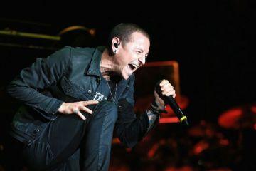 Disfruta del concierto completo de Linkin Park en honor a Chester Bennington. Cusica Plus.