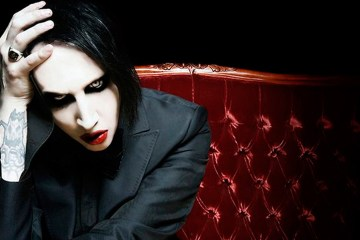 Johnny Deep protagoniza el nuevo oscuro video de Marilyn Manson. Cusica Plus.