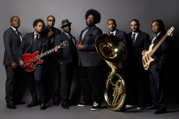 The Roots dio una lesión de la esclavitud en 'Blackish'. Cusica plus.