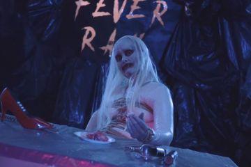 Descubre una cena diabólica en el nuevo video de Fever Ray. Cusica Plus.