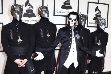 """Ghost invita a varias estrellas del metal al video de """"Dance Macabre"""". Cusica Plus."""