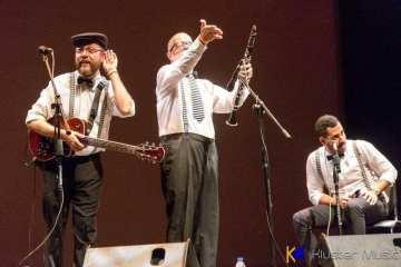 Los Hermanos Naturales nos comparten el concierto 'Sin perder la gracia'. Cusica Plus.