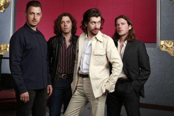 """""""Four Out Of Five"""" es el nuevo video de los Arctic Monkeys. Cusica Plus."""