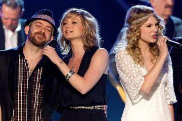 """Taylor Swift vuelve a su viejo sonido de la mano de Sugarland en """"Babe"""". Cusica Plus."""
