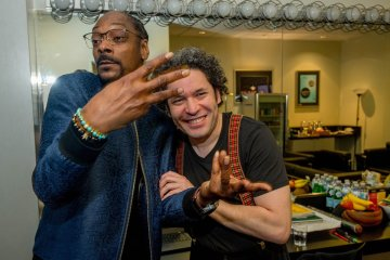 Snoop Dogg y Gustavo Dudamel compartieron juntos en el Hollywood Bowl. Cusica Plus.