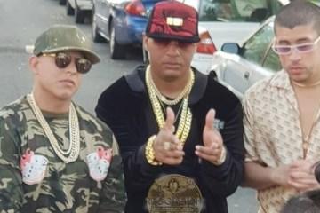 """Escucha """"Como Soy"""", el nuevo tema de Daddy Yankee, Bad Bunny y Pancho. Cusica Plus."""
