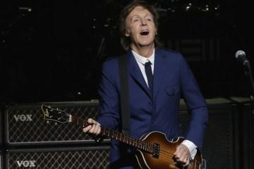 "Paul McCartney estrena el video de ""Back In Brazil"".Cusica Plus."