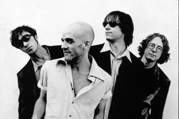 """R.E.M publica una versión inédita de """"E-Bow the Letter"""" junto a Thom Yorke. Cusica Plus."""