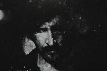Juan Olmedillo estrena su disco solista 'Ningún Lugar'. Cusica Plus.