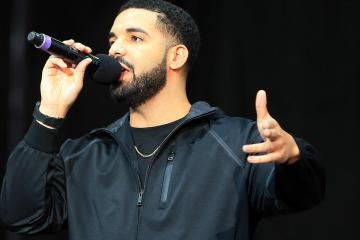 "Netflix y Amazon publican un documental ""Pirata"" sobre Drake. Cusica Plus."
