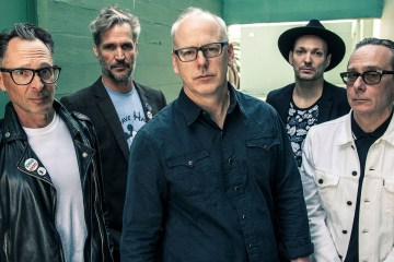Bad Religion anuncia su nuevo disco 'Age of Unreason' para mayo y comparte tema. Cusica Plus.