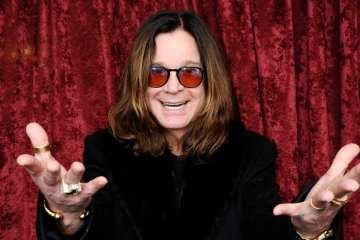 Ozzy Osbourne ha sido hospitalizado por problemas respiratorios. Cusica Plus.