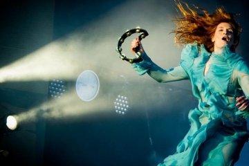 Florence and the Machine realizó tema para segundo capítulo de Game Of Thrones. Cusica Plus.