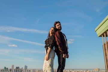 """El nuevo tema de Juanes y Alessia Cara """"Querer Mejor"""", es muy similar a """"Good Morning"""" del músico argentino Kion. Cusica Plus."""