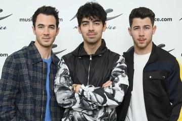 Jonas Brothers publicarán un libro de sus memorias llamado 'Blood'. Cusica Plus.