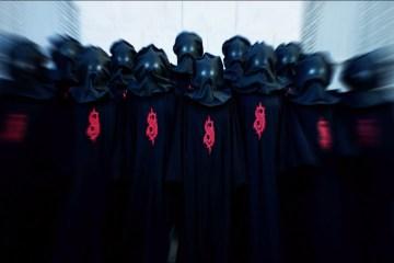 """Slipknot muestra nuevas máscara en el videoclip de su reciente sencillo """"Unsainted"""". Cusica Plus."""