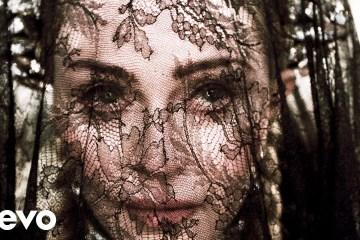 """Escucha """"Dark Ballet"""" el nuevo tema de Madonna que cuenta con videoclip. Cusica Plus."""