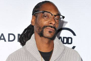 Snoop Dogg expresó descontento por las ganancias en el fútbol femenino. Cusica Plus.