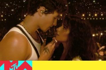 Ve la presentación de Camila Cabello, Shawn Mendes, Miley Cyrus y más en los VMA's. Cusica Plus.