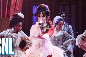 Camila Cabello cantó en vivo 'Cry For Me' y 'Easy' en el Saturday Night Live. Cusica Plus.