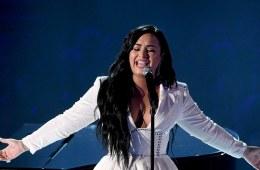 """""""Anyone"""", el grito de ayuda que da Demi Lovato. Cusica Plus."""