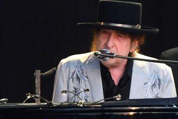 Bob Dylan publica su primera canción en 8 años, para hablar del asesinato de JFK . Cusica Plus.