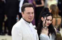 Grimes y Elon Musk cambian el nombre de su hijo, para cumplir las leyes de California. Cusica Plus.
