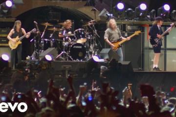 AC/DC comparte fragmentos de su concierto en el Festival Coachella 2015. Cusica Plus.