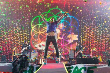 Coldplay, Miley Cyrus, BTS y más, serán los participantes del iHeartRadio Festival. Cusica Plus.