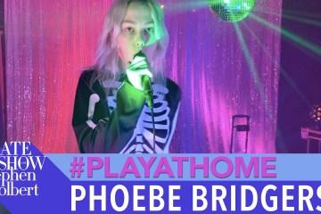 Ve la presentación en vivo de Phoebe Bridgers en el Late Show de Stephen Colbert. Cusica Plus.