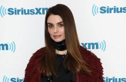 La hija de Ozzy Osbourne, Aimee, anuncia su disco debut y comparte nuevo tema. Cusica Plus.