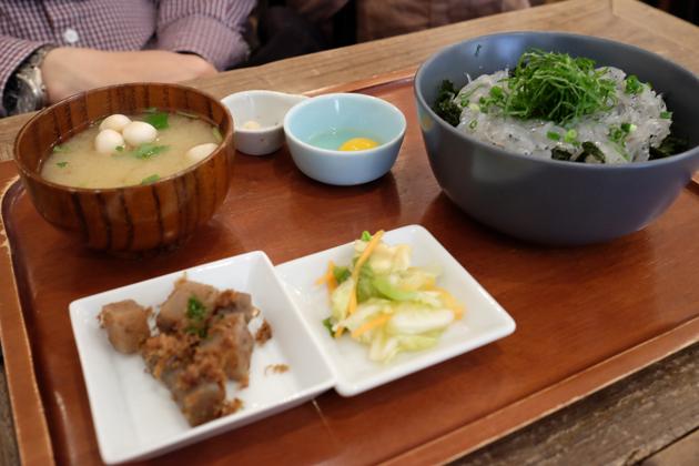 熱海駅前でランチ KICHI+ 生しらす定食