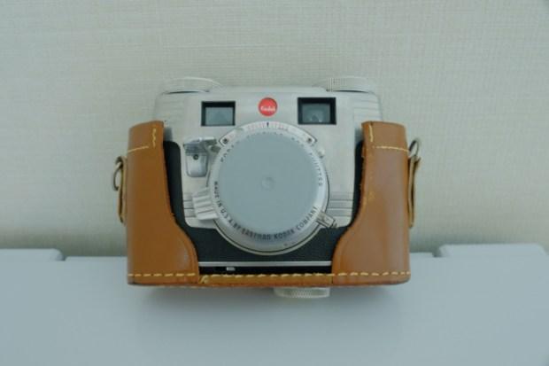 Kodak_signet35_購入_Kodakのフィルムケースの蓋をレンズキャップ代わりに