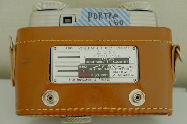 Kodak_signet35_購入_裏蓋の目安表