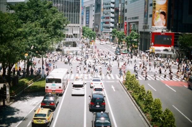 Olympus_OM-1_×_Agfa_Vista_Plus_400_渋谷スクランブル交差点その2