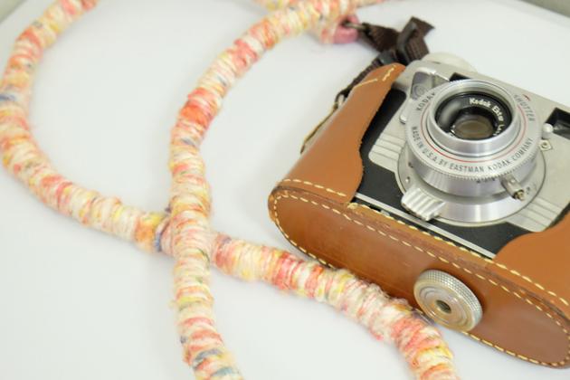 Kodak_Signet35_ストラップ_購入_楽天でピンクのヘンプのものを