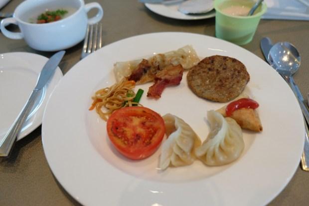 ホテルパノラマバイロンバス_クラブロンバスの朝食_38F_中華もある