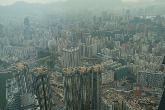 SKY100_高いビルがいっぱい