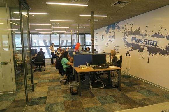 kancelář Plus500