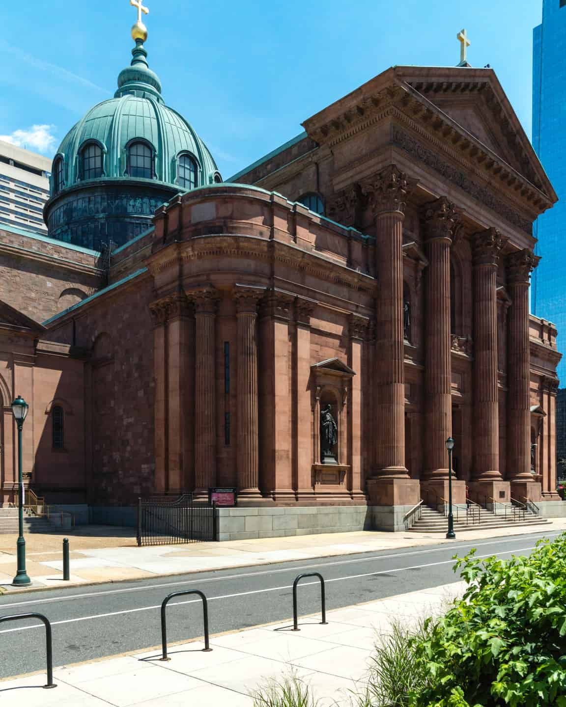 Photo of Philadelphia Landmark - Cathedral Basilica of Saints Peter and Paul