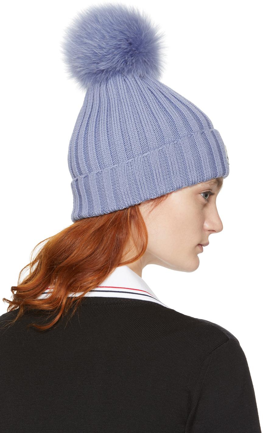 ▌Outfit ▌潮媽的條件(下):Moncler Pom Pom Beanie毛球帽+火紅的Balenciaga logo hoodie連帽衛衣+Burberry Rucksack粉紫小背包