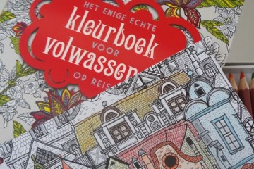 kleurboek voor volwassenen op reis