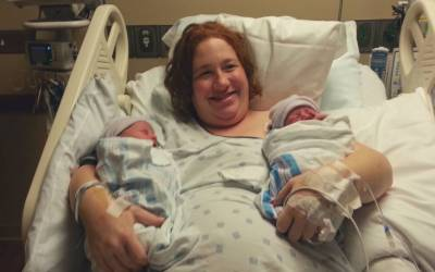 Can Plus Size Women Birth Twins Vaginally? Absolutely!