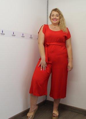 Ολόσωμη ζιπ κιλότ κόκκινη με φερμουάρ στη πλάτη και ζωνάκι